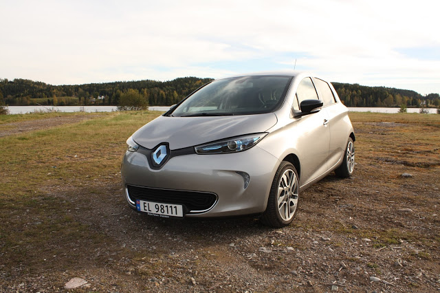 test renault zoe bil og motorbloggen. Black Bedroom Furniture Sets. Home Design Ideas